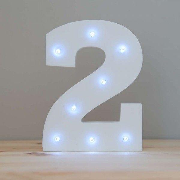 NUMERO 2 LUZ LED MADERA BLANCO