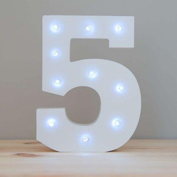 NUMERO 5 LUZ LED MADERA BLANCO
