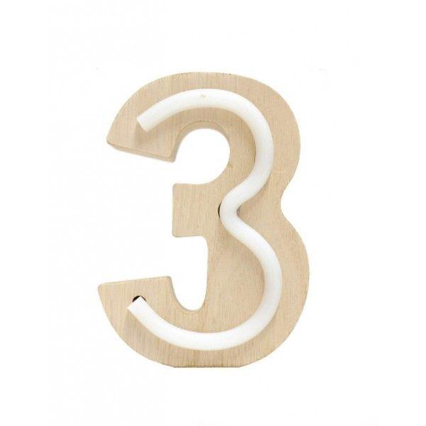 NUMERO 3 LUZ MADERA 10.5x14.5CM