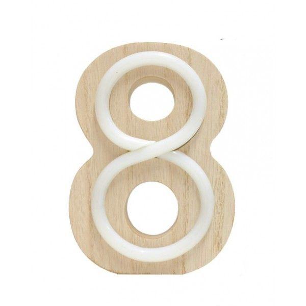 NUMERO 8 LUZ MADERA 10.5x14.5CM